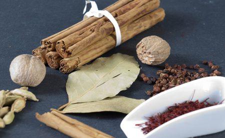 Extracción supercrítica de antioxidantes naturales a partir de hierbas y especias