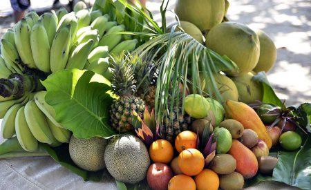 Cambios en frutas tropicales frescas, cortadas y empacadas en atmósfera modificada durante su almacenamiento en refrigeración